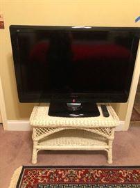 "40"" inch flatscreen TV"