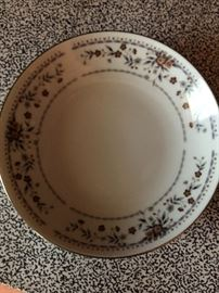Claremont, Japan. Fine porcelain china. Service for 8 (5pc setting) plus extra pieces and serving bowls.