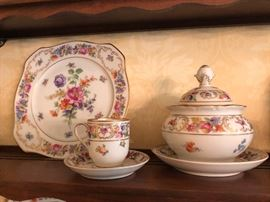 Schumann Bavaria 'Empress' demitasse cup & saucer and sugar bowl with lid