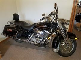 2000  Harley Davidson Road King. 1,000 miles.   $10,000 OBO, not part of 50% off :)