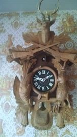 ***BEAUTIFUL**  HEAVILY CARVED COO COO CLOCK