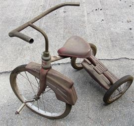 Sears Little Red Tricycle (all original, barn find) - Look at that beautiful fender!