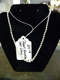 14kt Gold & Pearls Necklace