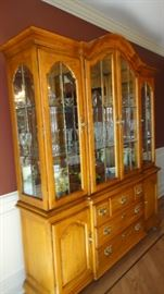 Thomasville china cabinet, matching table and chairs