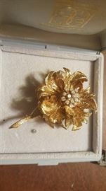Altman 14k Gold Brooch