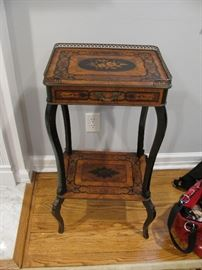 ANTIQUE INLAID TABLE WITH DRAWER AND BRASS ORMOLU