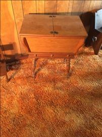 dough box table