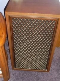 1 of 4 matching wood speakers