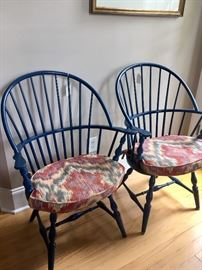 Pair of Windsor chairs (painted navy)
