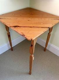 """Drop-corner (4 leg) table, 24"""" square"""