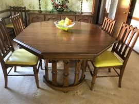 Mid-Century Modern Octagonal Cage Pedestal Dining Tablewith 6 chairs, 2 extensions and Buffet