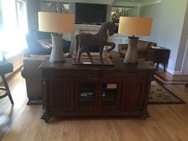 Shenandoah Valley Furniture by Flexsteel console. Two large ceramic lamps.