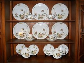 LYNMORE GOLDEN ROSE CHINA