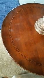 Top 30 inch round inlaid detail.
