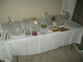 Glassware, stemware and other miscellaneous glass items