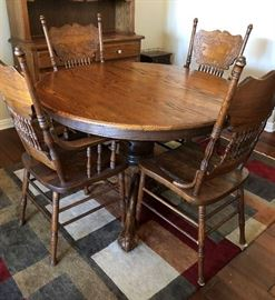Dining Table Round Oak Pedestal w Ball & Claw Feet + 4 Chairs