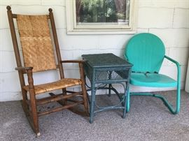Vintage furniture     http://www.ctonlineauctions.com/detail.asp?id=724343