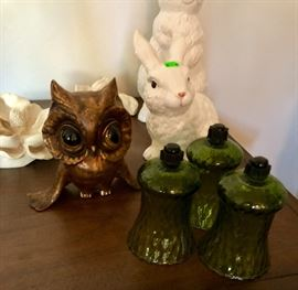 CALIFORNIA POTTERY, VINTAGE GLASS, FIGURINES