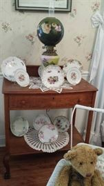 Oak server, porcelain plates, GWTW lamp