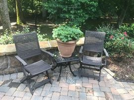 Painted outdoor table & 6 chairs, Large plastic planters