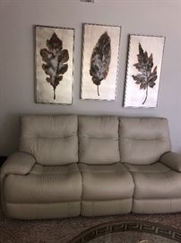 Leather cream colored recliner sofa ( 6 months old)