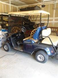 E-Z Go Golf Cart 600 very nices batteries dead