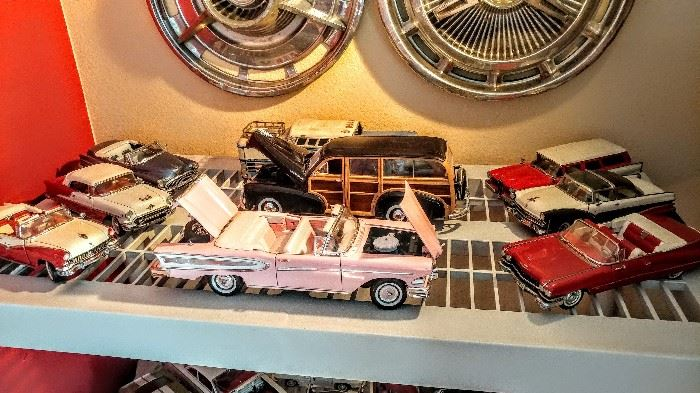 Die cast vintage cars
