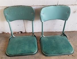 Folding stadium chairs - 1 of 2 pairs