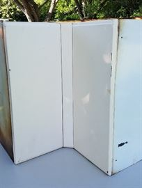American Brand Vintage Metal kitchen cabinets (upper corner)
