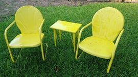 pair of patio chairs and matching table (goes with glider)