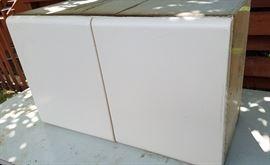 Upper cabinet horizontal
