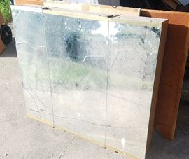 Large vintage medicine cabinet with 3 mirrored doors