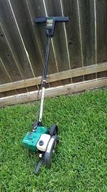 gas lawn edger