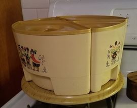 German container set on lazy susan
