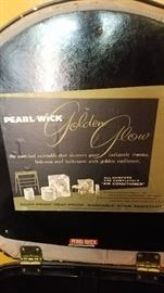 Pearlwick clothes hamper