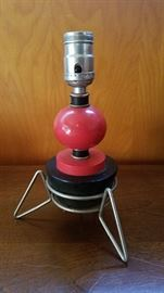 Atomic bedside table lamp
