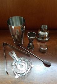 7 piece cocktail making kit