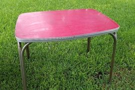 Original 50s diner table with red cracked ice laminate