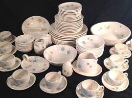 67 pieces of Franciscan Starburst dinner ware