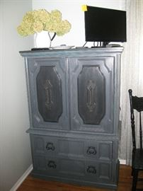Painted bedroom set, armoire