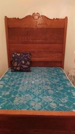 Antique oak full size bed