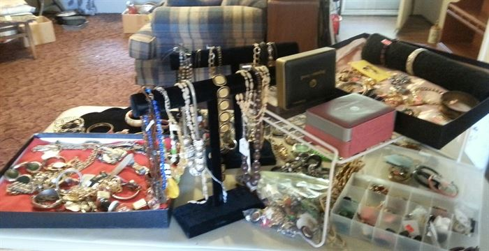 Low, low prices on jewelry!!!