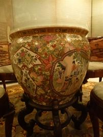Asian urn for table with glass top 48 inches diameter