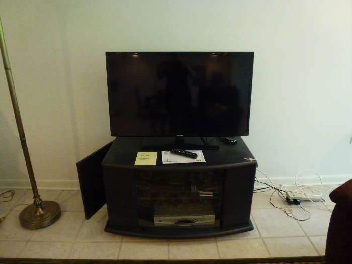 Entertainment center on casters, Samsung 40inch Series 6 Smart TV