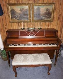 Mendelssohn upright piano