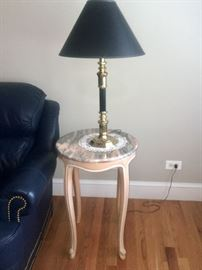 Lamp Side Yable