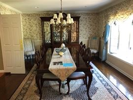 THOMASVILLE SOLID MAHOGANY DINING ROOM SET