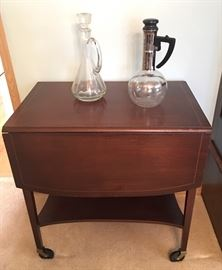 LOVELY WOOD TEA  CART