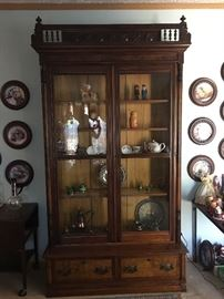8' TALL EASTLAKE STEPBACK CABINET/ DISPLAY CASE/BOOK CASE