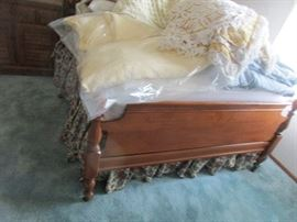 MAPLE BED